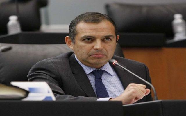 Cordero responde a Moreira por acusaciones