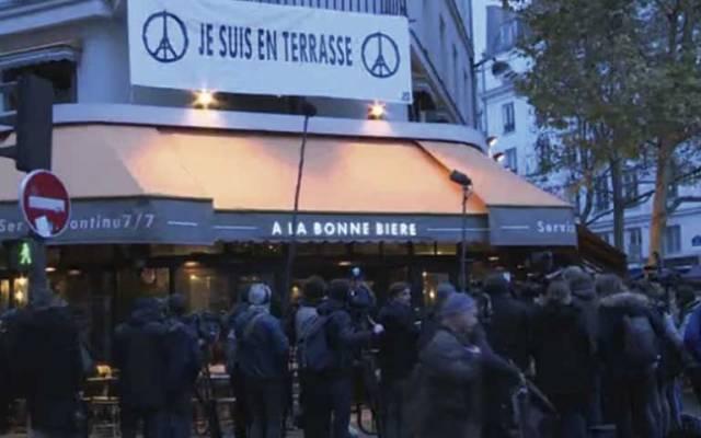 Reabre café tras ataques en París - Foto de NBC News