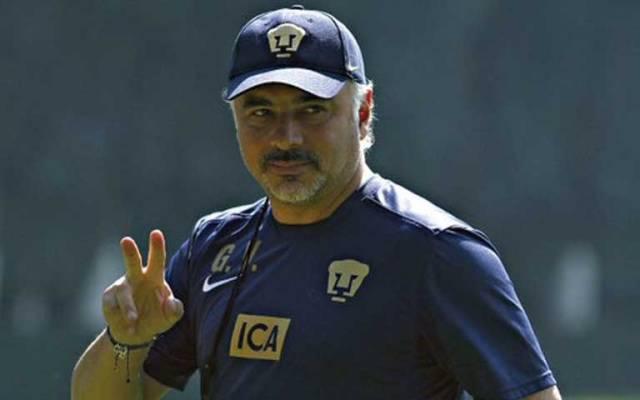 Guillermo Vázquez renueva con Pumas por tres años más - Foto de Imago7