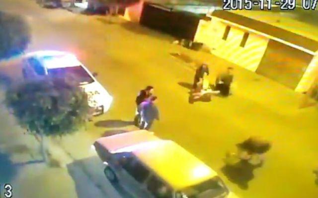 Policías de tránsito agreden a joven en Guanajuato - Foto: internet