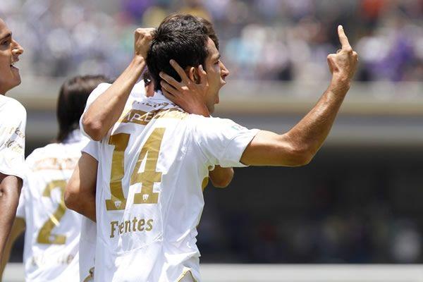 Fuentes marcó el gol que le dio el pase a Pumas. Foto de Mexsport