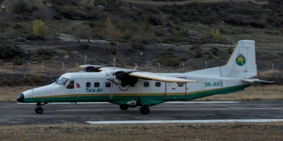 Mueren 23 personas tras estrellarse avión en Nepal - avión