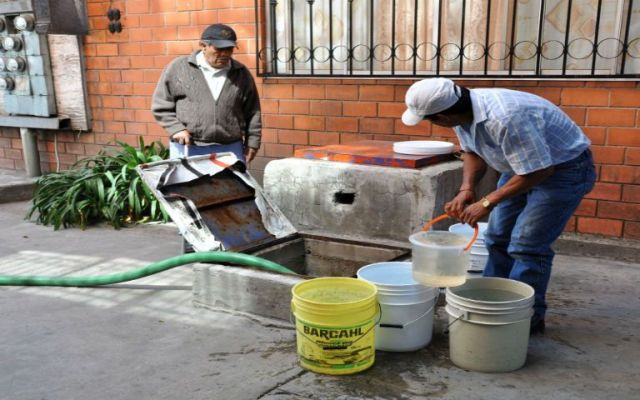 Tres delegaciones siguen sin agua - desabasto de agua