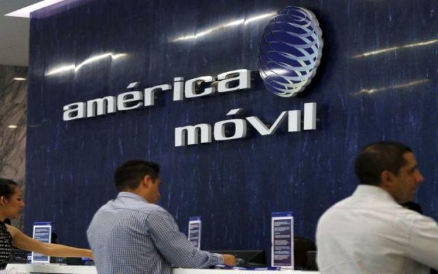 Caen acciones de América Móvil 11.2 por ciento en BMV - Foto de Today Online.