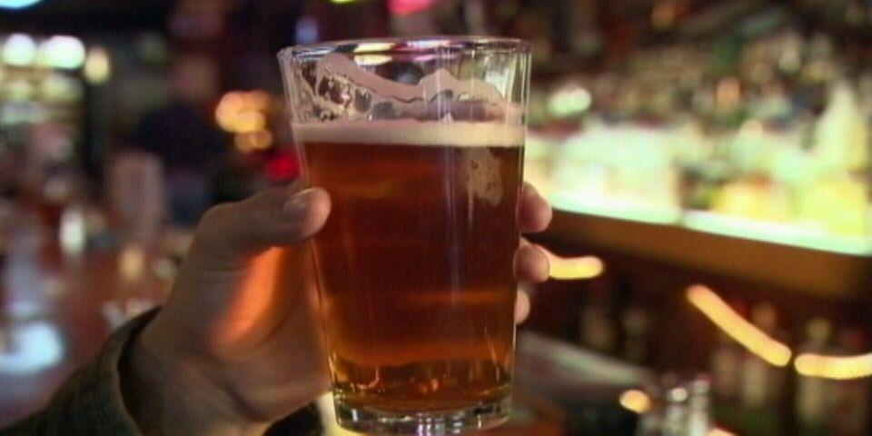 Dejar de beber alcohol ayuda a adelgazar