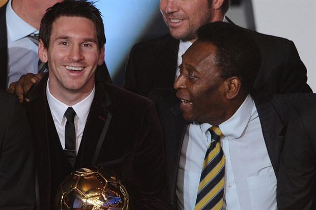 Pelé consuela a Messi