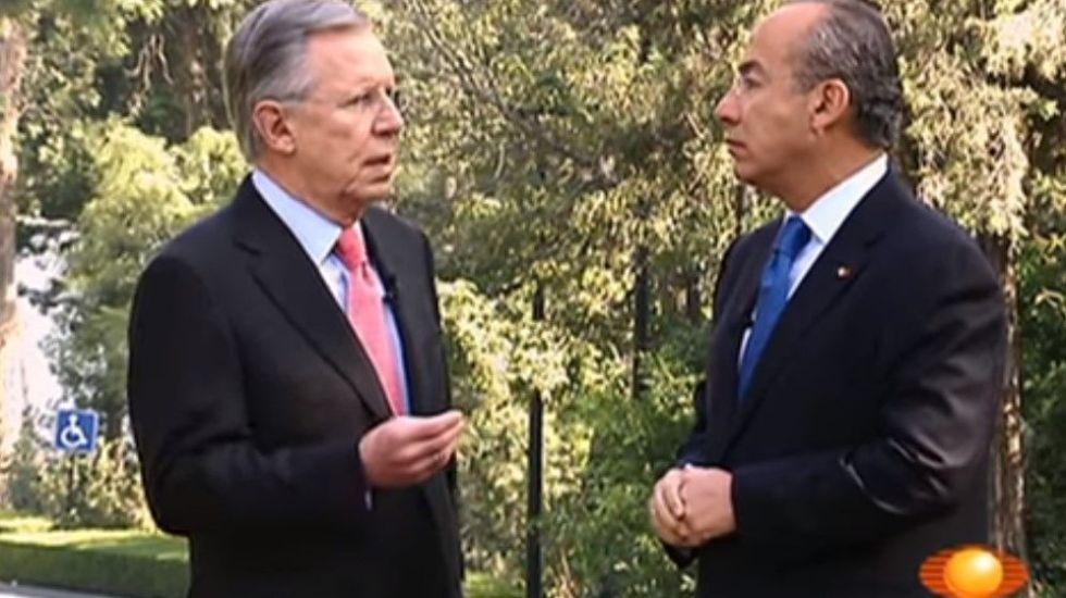 #16añosconJoaquin Entrevista a Felipe Calderón