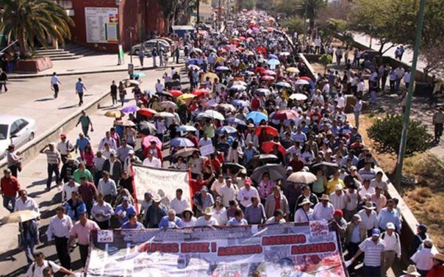 Recibirán sueldo recortado 28 mil maestros faltistas en Oaxaca