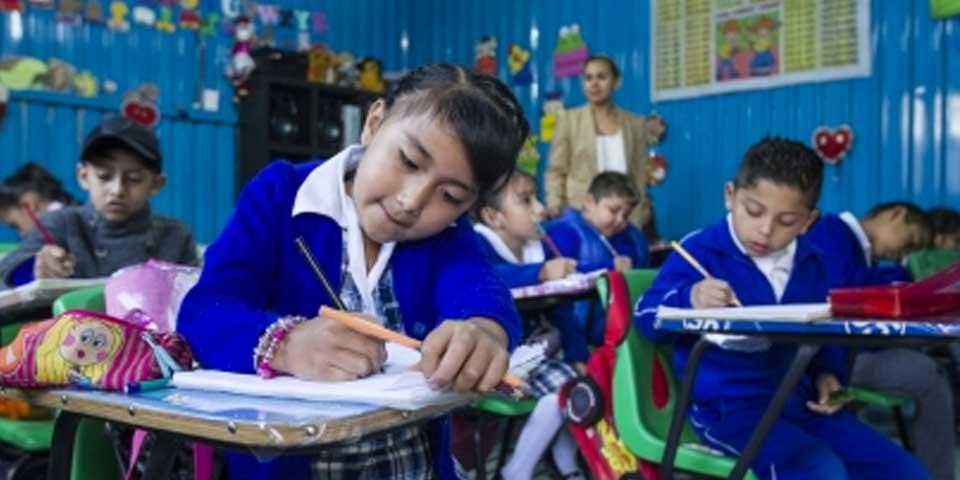 Escuelas eligirán por primera vez calendario de 200 o 185 días - Foto de Notimex