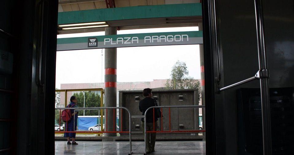 Persona cae a las vías del Metro Villa de Aragón
