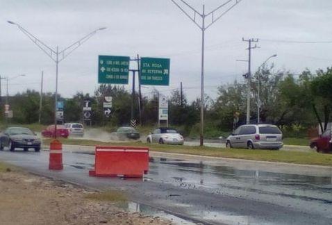 Megabache daña 10 vehículos en Apodaca