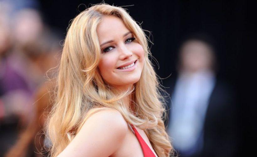 Jennifer Lawrence sale ilesa tras aterrizaje forzoso