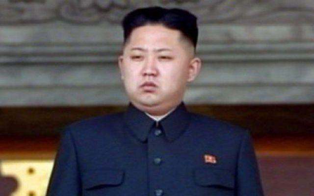 Kim Jong-un ejecutó al ministro de Educación por no sentarse bien