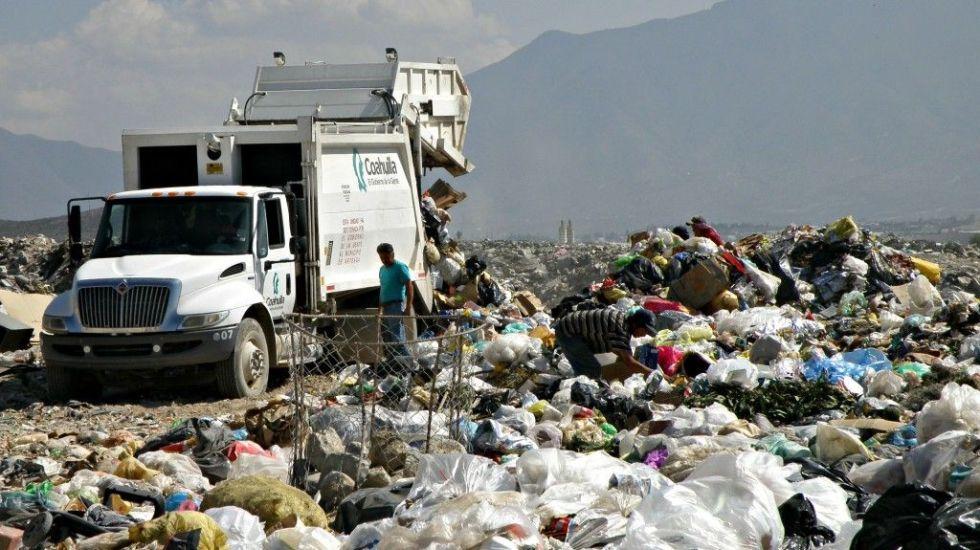 ¿Cuánta basura desecha un mexicano al año? - Tiradero de basura. Foto de Diario Noticias Web