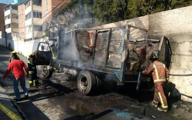 Se incendia camión repartidor de gas en Nicolás Romero