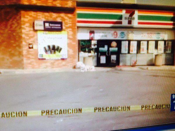 Roban cajero automático de 7-Eleven en Nuevo León - Foto de Internet