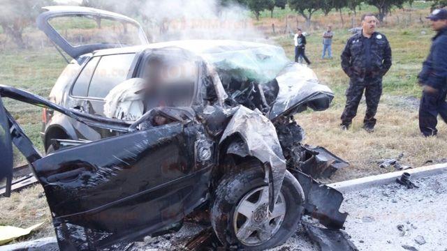 Choque en Autopista Siglo 21 deja 6 muertos