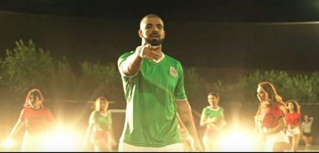 Drake usa playera de la selección mexicana en nuevo video