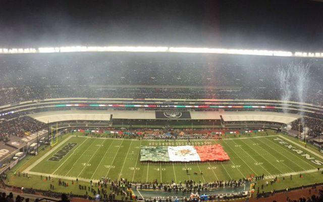 Asistentes al juego de la NFL en México contarán con autobuses especiales - Foto de @nflmx