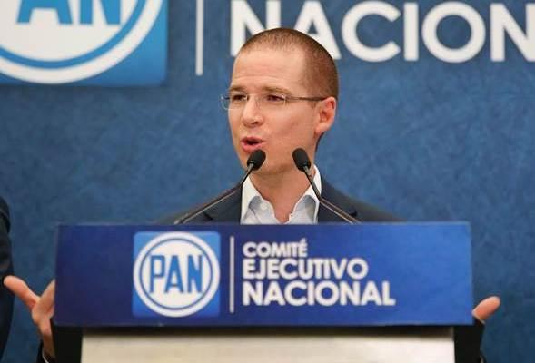 Anaya incluirá a Margarita Zavala en spots del PAN