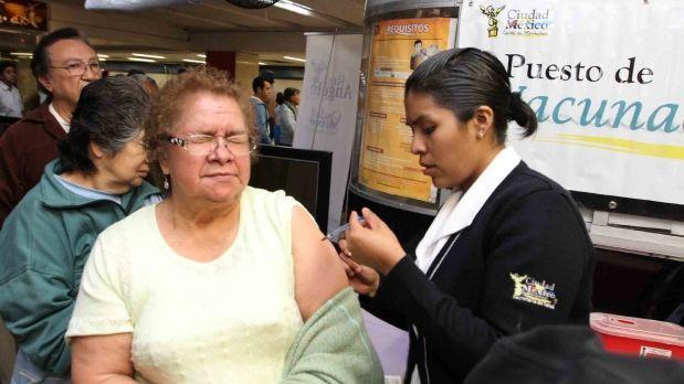 Campaña de vacunación contra la influenza en Metro y Metrobús - Foto de Noticieros Televisa