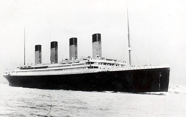 Revelan posible causa del hundimiento del Titanic