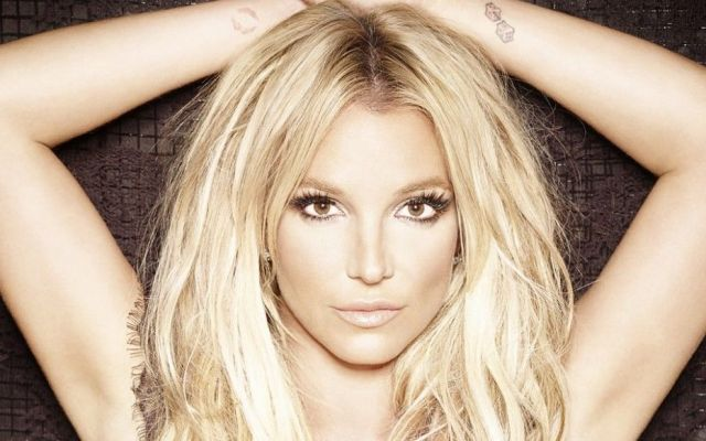 #Video Britney Spears canta sin playback