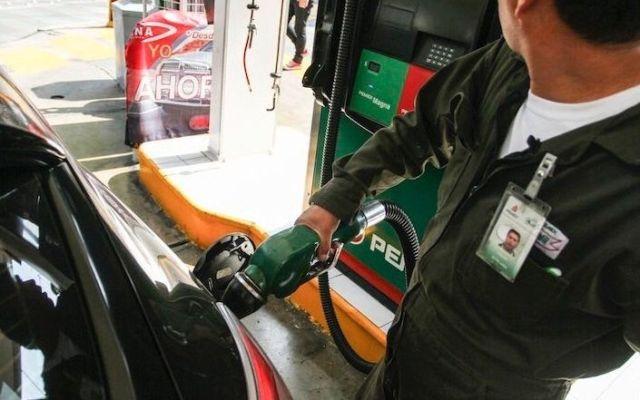 Gasolinas subirán dos centavos y diésel mantendrá su precio - Foto de archivo