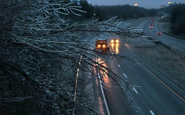 Tormenta invernal deja 6 muertos en Kansas y Missouri