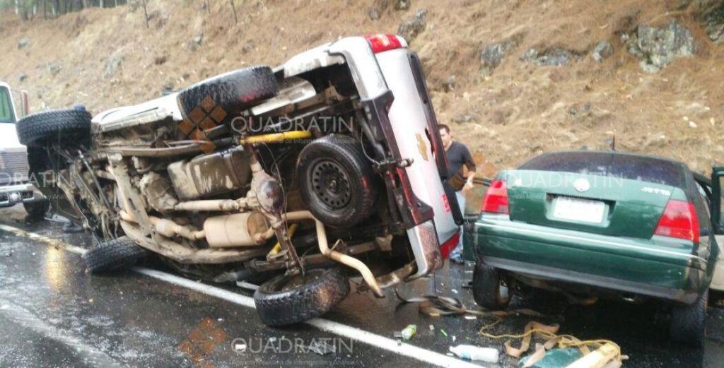 Muere toda una familia en accidente carretero en Michoacán - Foto de Quadratin