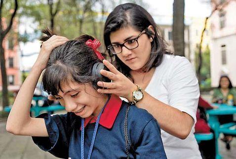 Estudiantes del Tec crean audífonos especiales para niños con autismo - Foto de Internet
