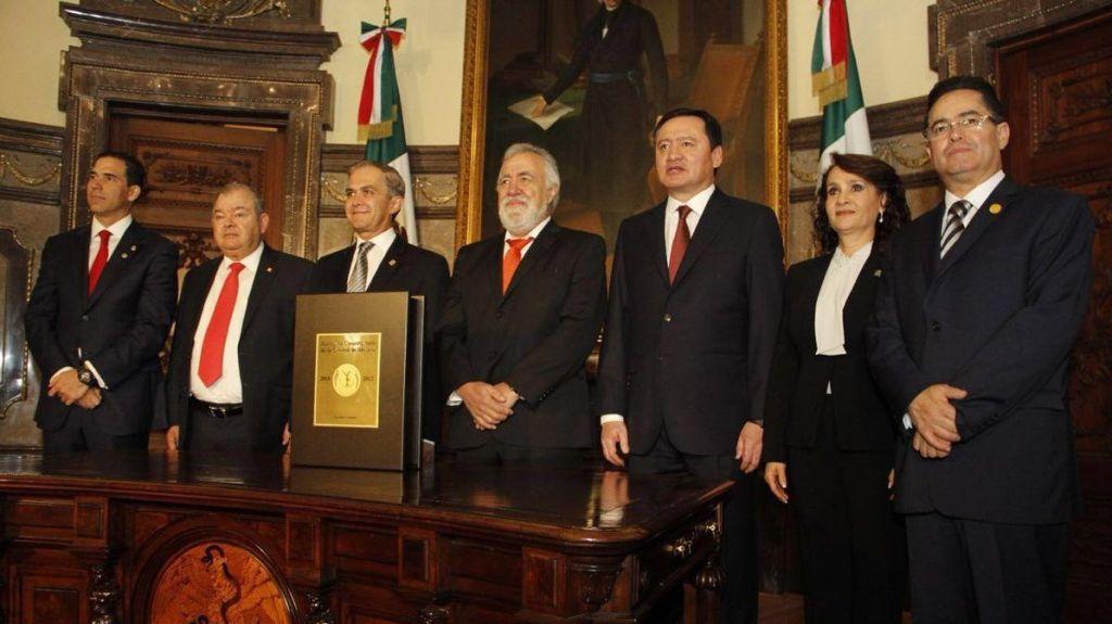 Asamblea recibirá Constitución de la Ciudad de México el miércoles - Foto de @leonel_luna