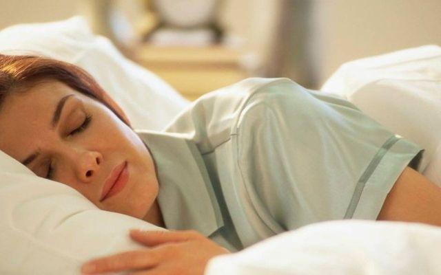 Dormir menos de cinco horas aumenta probabilidades de sufrir diabetes tipo 2