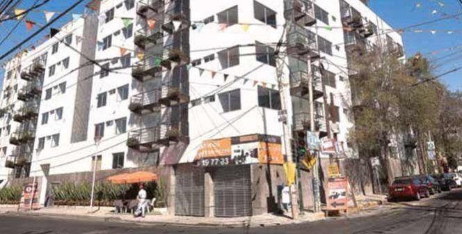 Edificio de departamentos en Iztacalco en continuo hundimiento - Foto de Excélsior