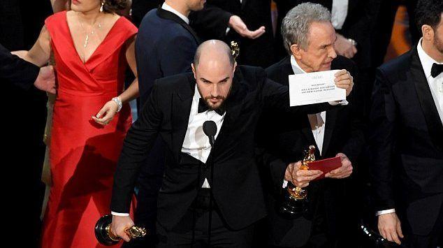 Academia de Cine se disculpa por error en los Óscar - Foto de archivo