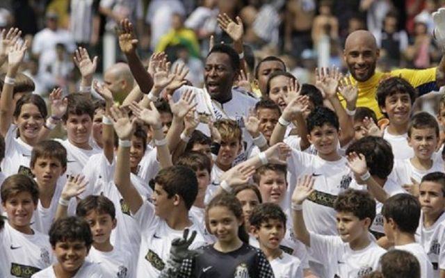 Ordenan arresto de hijo de Pelé por narcotráfico y lavado de dinero - Foto de AP