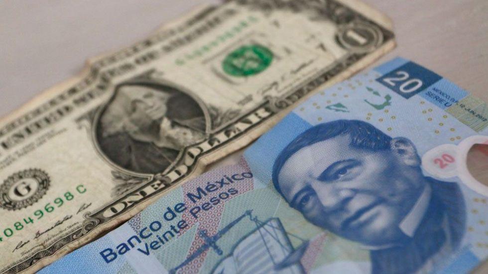 Peso mexicano registra mayor caída desde victoria de Trump