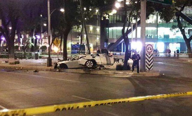 Choque en Paseo de la Reforma deja al menos cuatro muertos - Foto de Excélsior