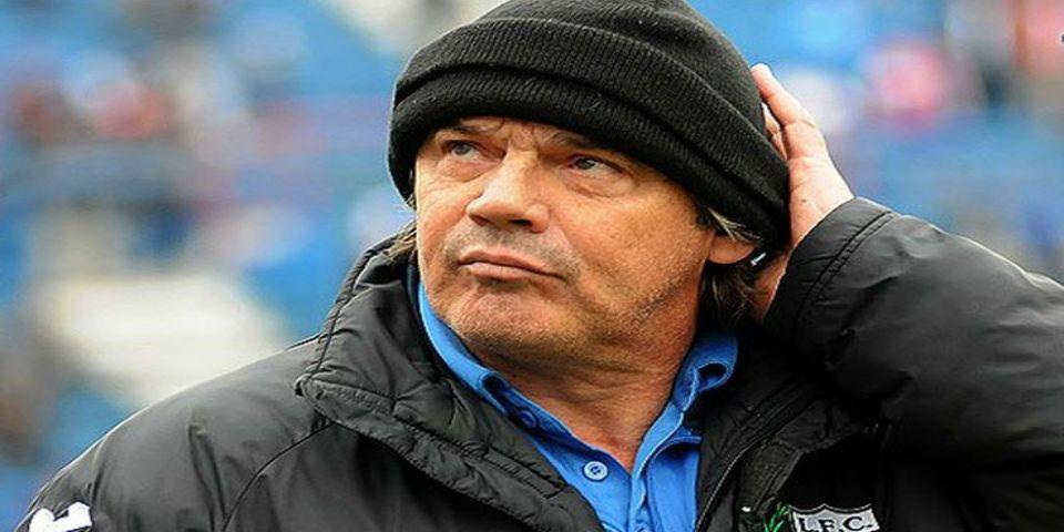 Despiden a entrenador uruguayo por polémico mensaje en Twitter - Foto de Ecos