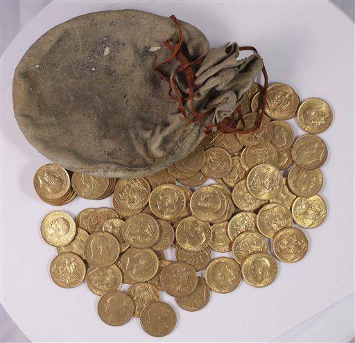 Buscan a dueño de monedas de oro ocultas en un piano del Reino Unido - Foto de Museo Británico/Peter Reavill via AP