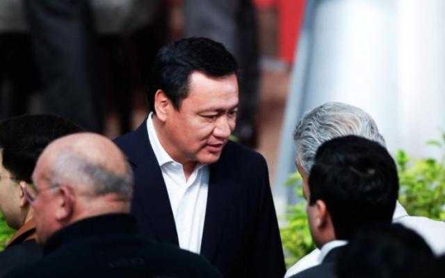 No se busca crear marco legal para militarizar al país: Osorio Chong