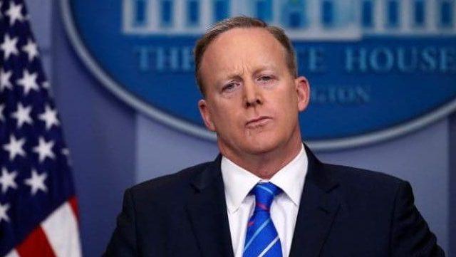 Sean Spicer renuncia a la Casa Blanca - Foto de Internet