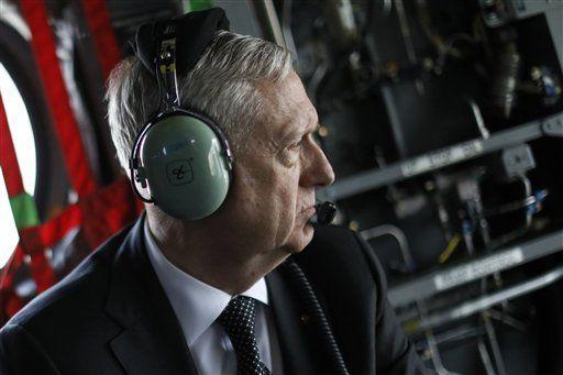 Secretario de Defensa de EE.UU. realiza visita no anunciada a Afganistán - Foto de AP