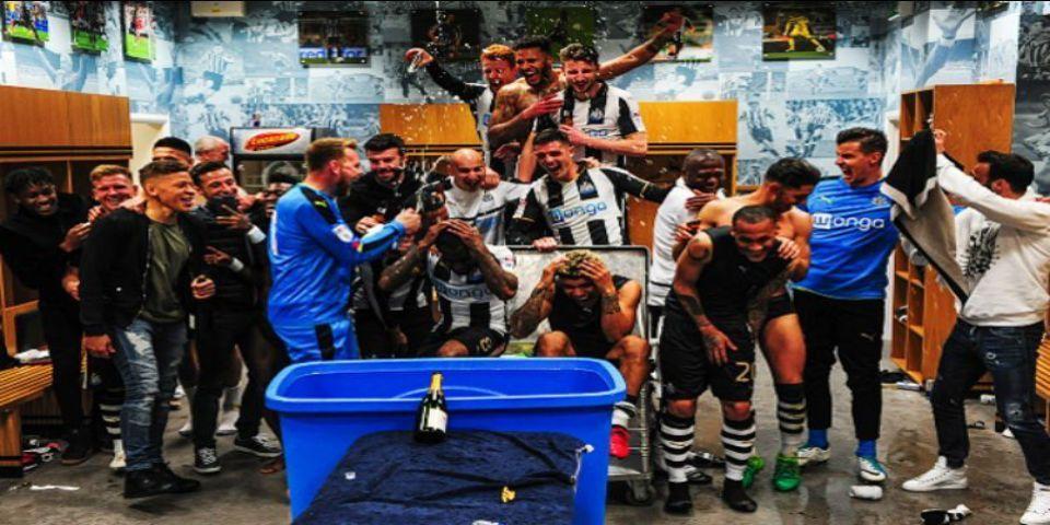 Newcastle vuelve a la Premier - Foto de @C___Clark