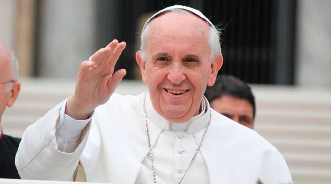 El papa Francisco felicita a pareja gay por bautizo de sus hijos - Foto de Internet