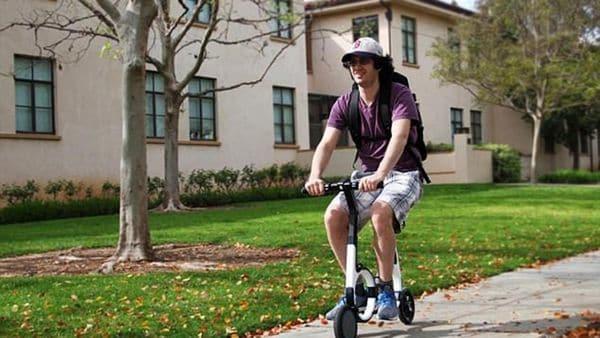 La bicicleta que cabe en una mochila y se controla con smartphone