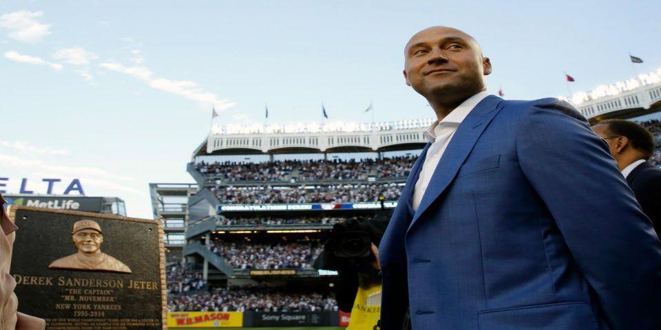 Yankees retira número de Derek Jeter en homanaje