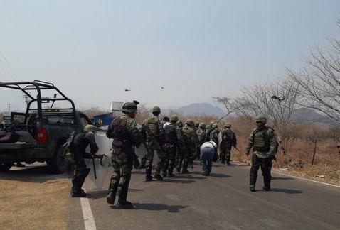 Osorio Chong anuncia llegada de mil elementos del Ejército a Guerrero - Foto de Milenio
