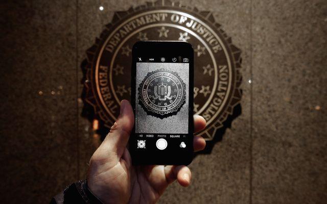 FBI pagó 900 mil dólares para desbloquear iPhone - Foto de Chip Somodevilla/Getty
