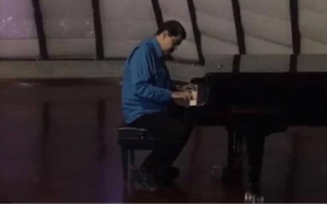 #Video Nicolás Maduro tocando el piano - Captura de pantalla